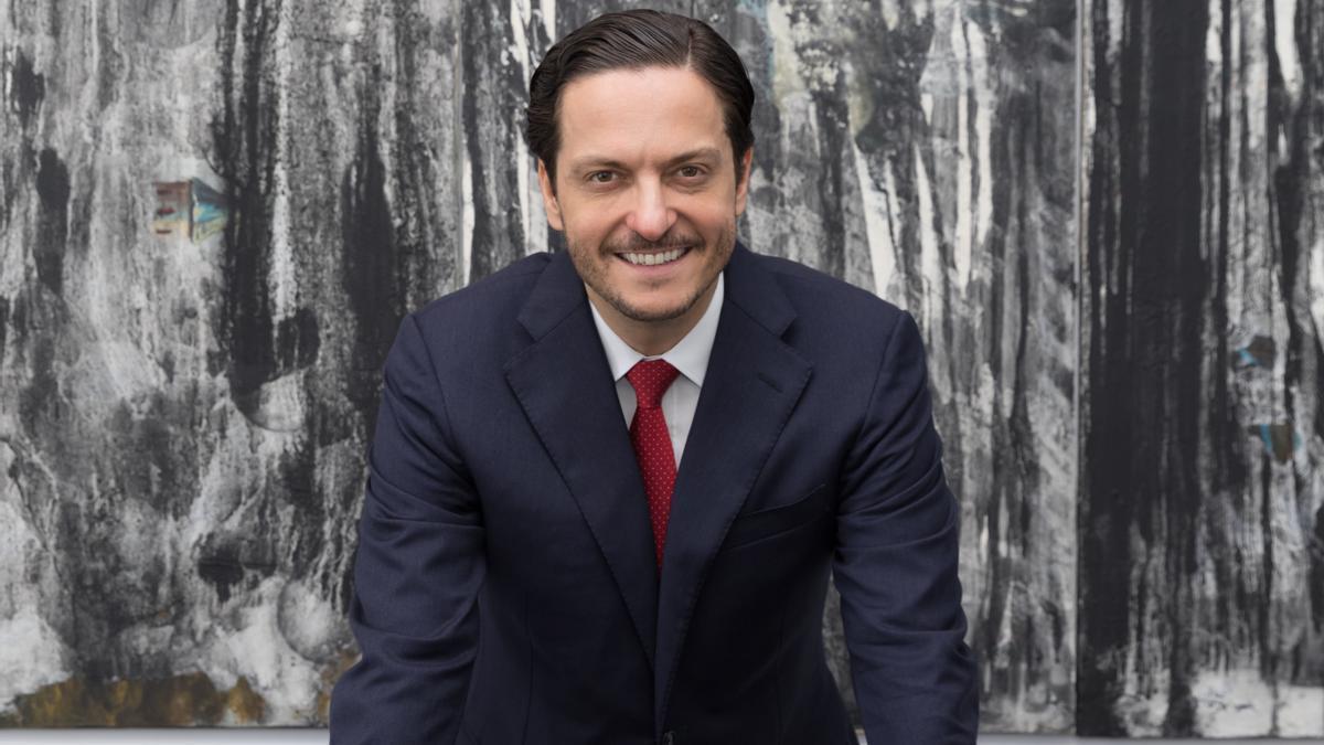 David Devesa Rodríguez,  experto en Derecho societario, contratación mercantil  y fusiones y adquisiciones de empresas, fundó el bufete en 2007.