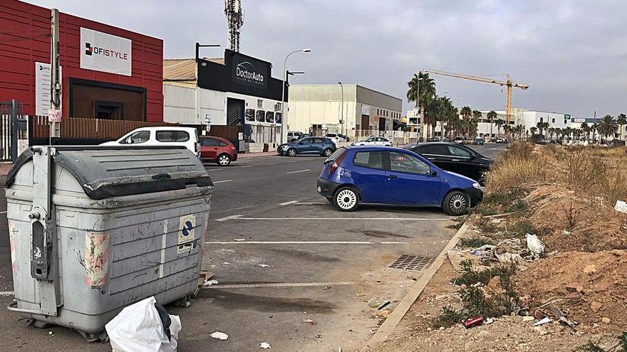 Denuncian abandono y suciedad en Torregroses de San Vicente
