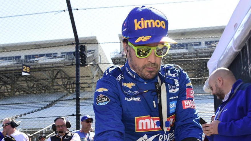 Alonso da un giro radical a sus objetivos