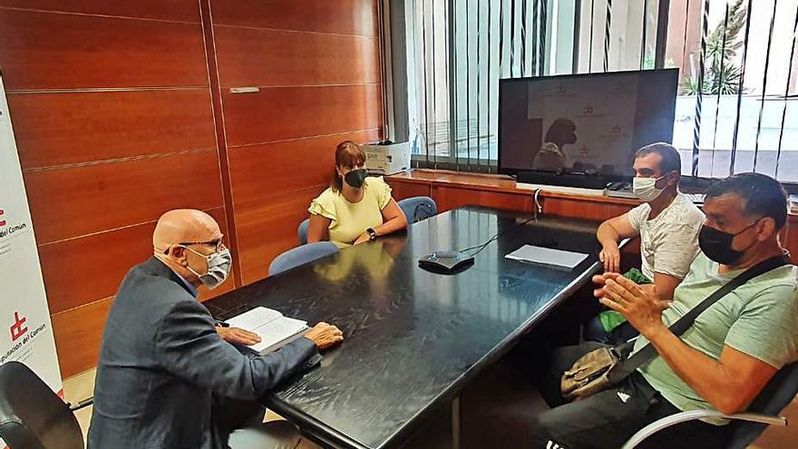 El Diputado del Común pide la presencia de la Guardia Civil en las vías de Anaga