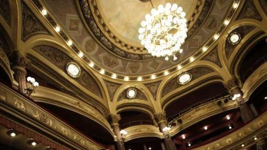 """El """"minimalismo"""" de Lafarge, en el teatro"""