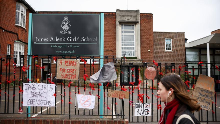 Una web de testimonios revela una cultura del abuso en los colegios británicos