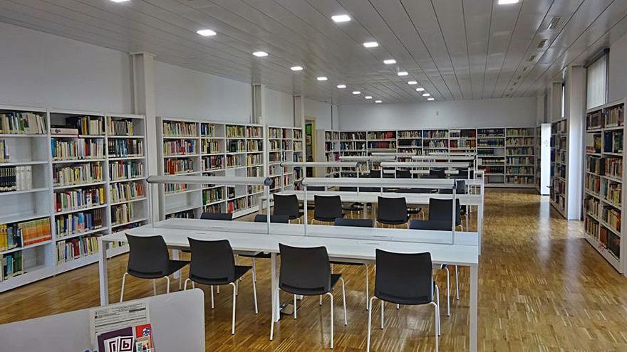 Actos para adultos y niños en el día de las Bibliotecas
