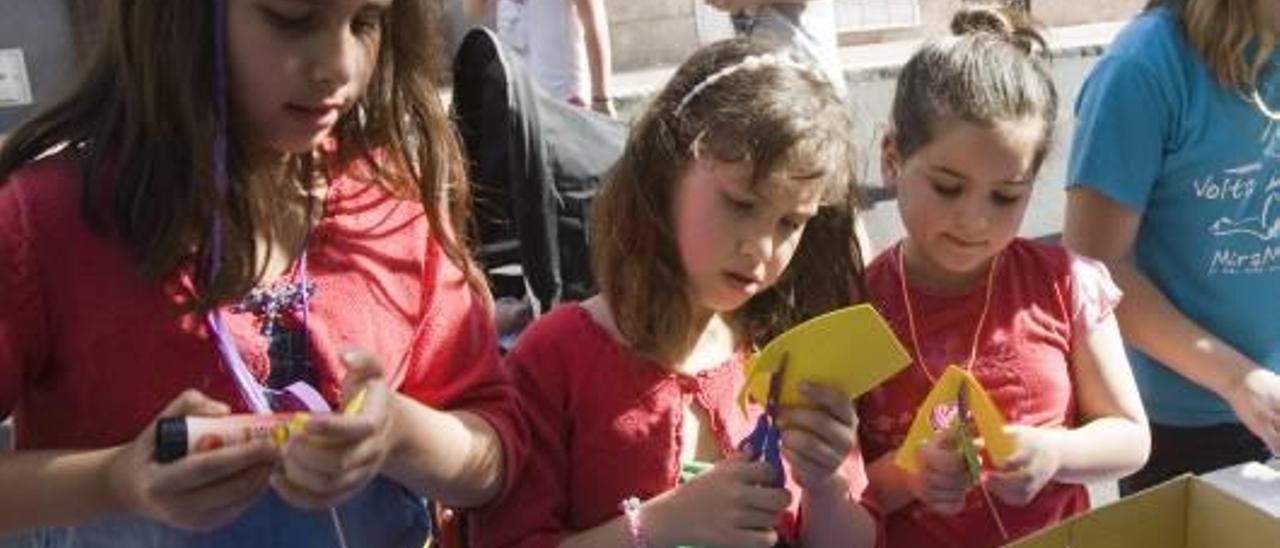 Diez mil voces por un futuro  en valenciano