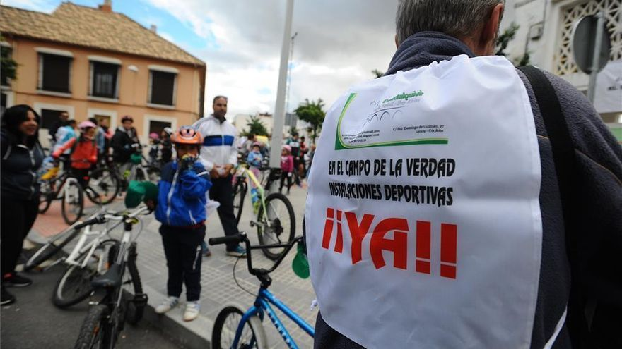 """Los vecinos del Campo de la Verdad se manifiestan esta tarde tras """"diez años de abandono"""" del Ayuntamiento"""