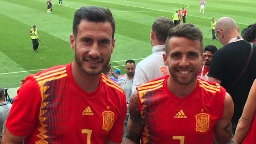 Jony y Aarón siguen en directo el partido España-Rusia