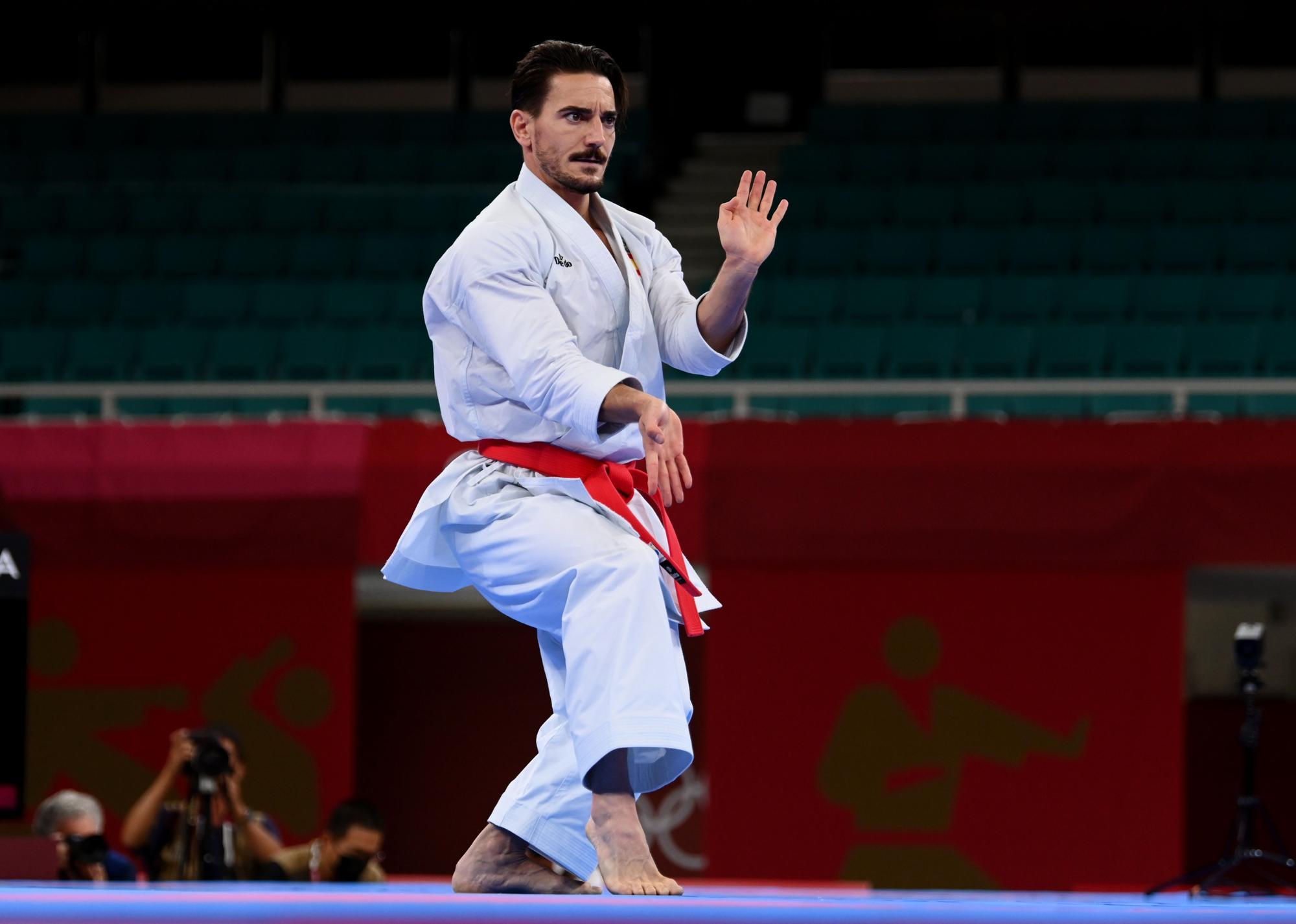 Damián Quintero, medalla de plata en kárate