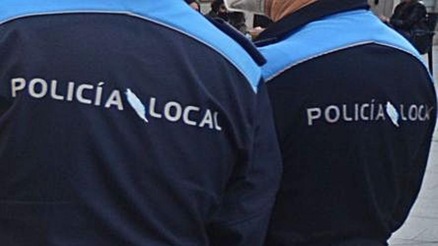 El falso policía de A Bola usó el coche oficial de Protección Civil