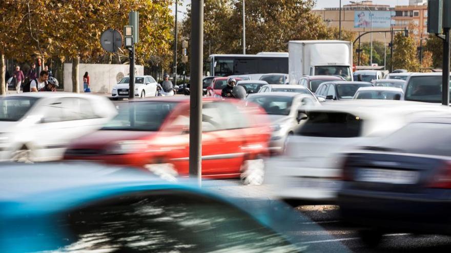 Casi el 10 % de conductores valencianos, dispuesto a pelearse por el tráfico