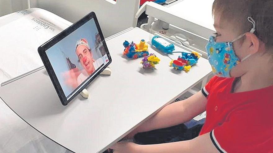 Videollamadas para alegrar a niños de Son Llàtzer