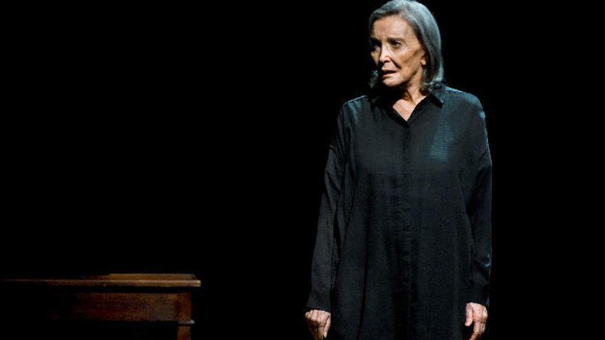Núria Espert, la gran dama del teatro nacional, aterriza en la Isla