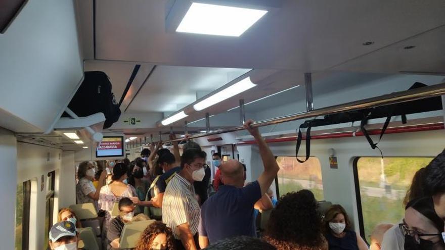 Los retrasos de los trenes indignan a los usuarios