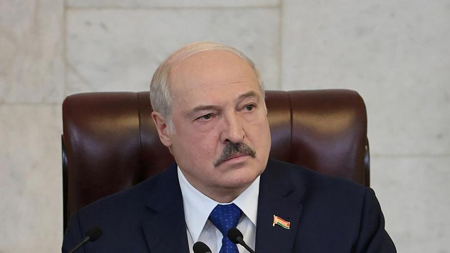 Lukashenko defiende el desvío del avión y amenaza a la UE con abrir las puertas a la inmigración