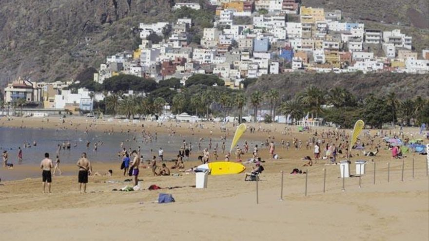 Santa Cruz aprueba el acuerdo de Las Teresitas para recuperar 95 millones