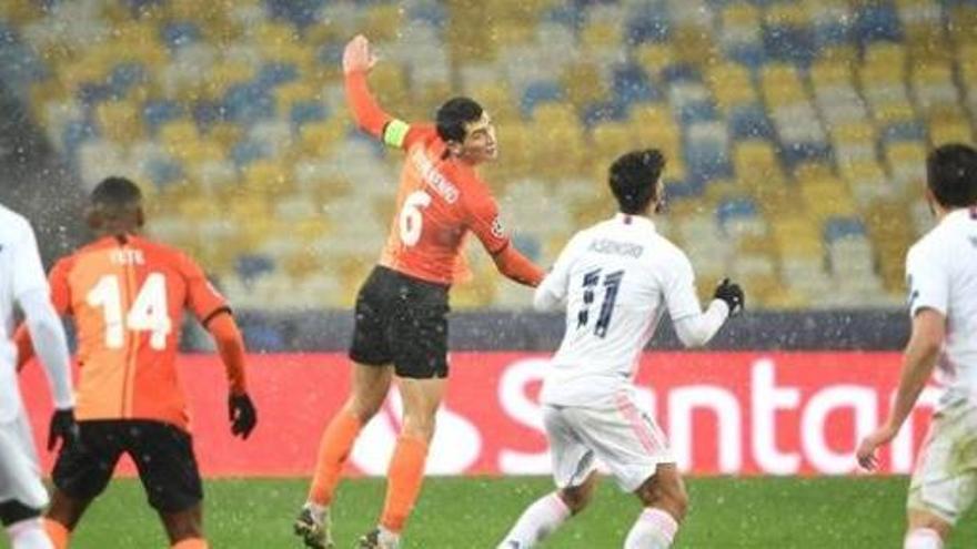 El Reial Madrid es queda gelat a Kiev i es complica la classificació per a vuitens