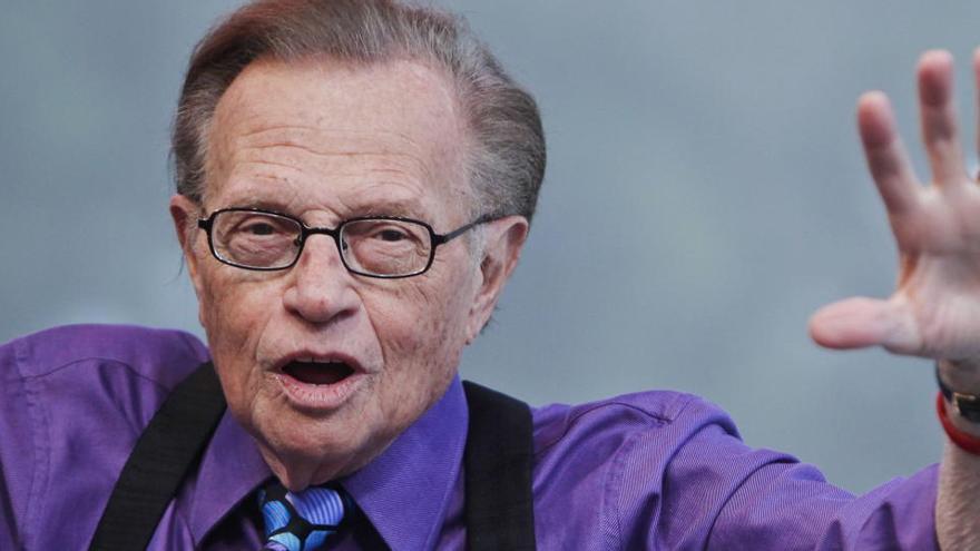 Muere el histórico presentador de televisión estadounidense Larry King