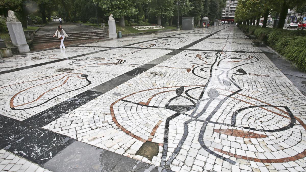 Paseo de Los Álamos, en Oviedo.