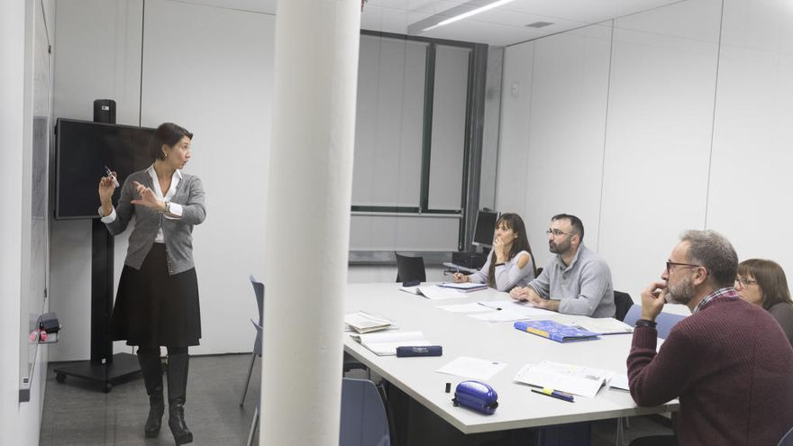 La UNED Alt Empordà obre les matrícules per a graus i cursos d'idiomes