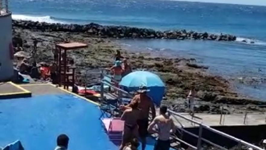 Altercado en Playa Arinaga por la presencia de un nudista (17/04/2021)