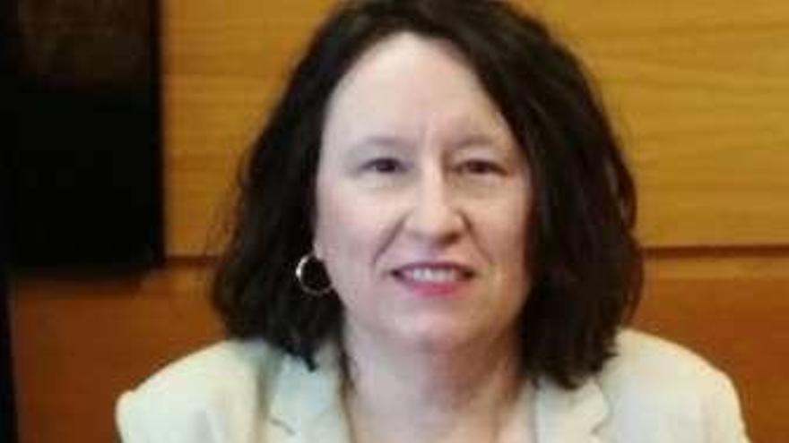 Ana Jesús López toma posesión como profesora titular de la Universidad