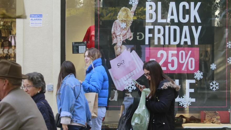 Los contratos de empleo por el 'Black Friday' bajarán un 7,8% en Córdoba