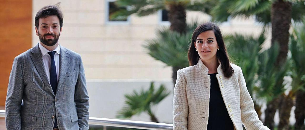 Jesús Monge e Irene Roth, en las instalaciones de Diario de Ibiza.   J. A. RIERA