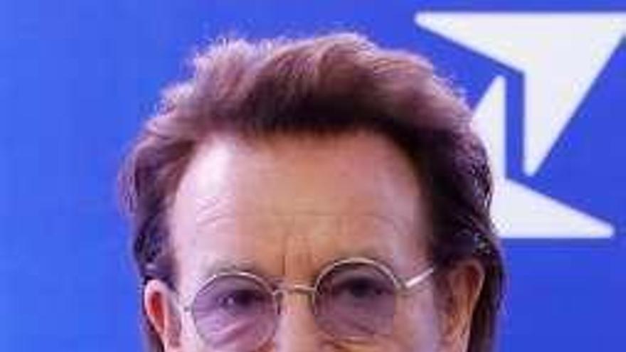 Bono amonesta al polémico presidente filipino Rodrigo Duterte