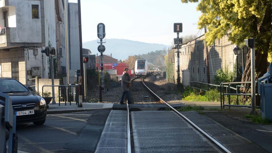 El peligro de los pasos a nivel: en Arousa aún hay una decena de cruces con la vía del tren