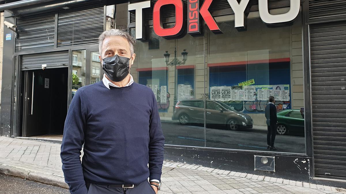 José Luis Asenjo, propietario de la discoteca Tokyo, que reabrirá el 12 de junio. // Marta G. Brea