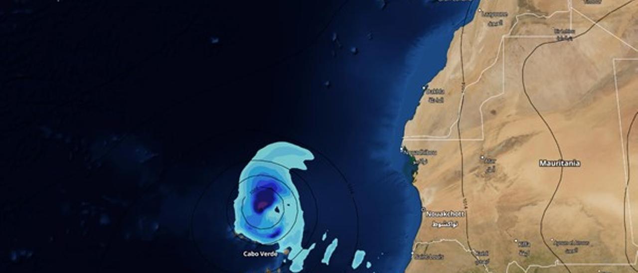 Posible ciclón tropical al norte de Cabo Verde y con tendencia a aproximarse ligeramente a Canarias (mapa con la previsión para el domingo).