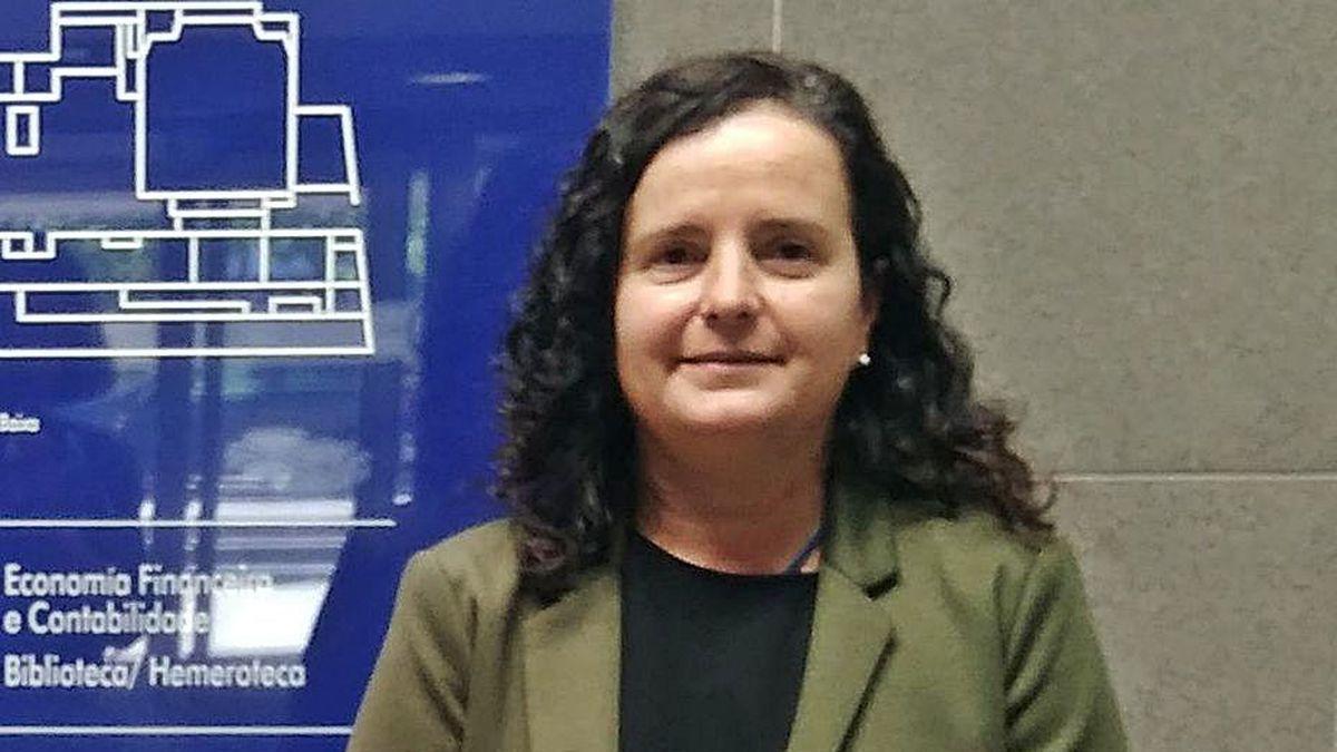 Rosa María Mariz, coordinadora de la Escuela de Turismo.