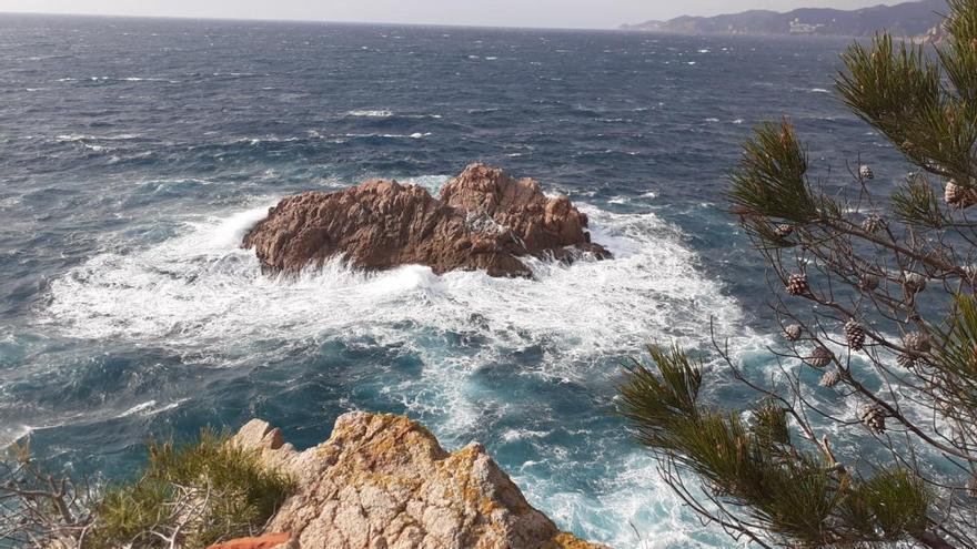 Alerta per fort onatge al Baix Empordà i a la Selva