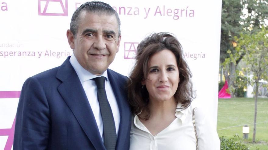 El nieto de Franco se casa en secreto con una empresaria viguesa
