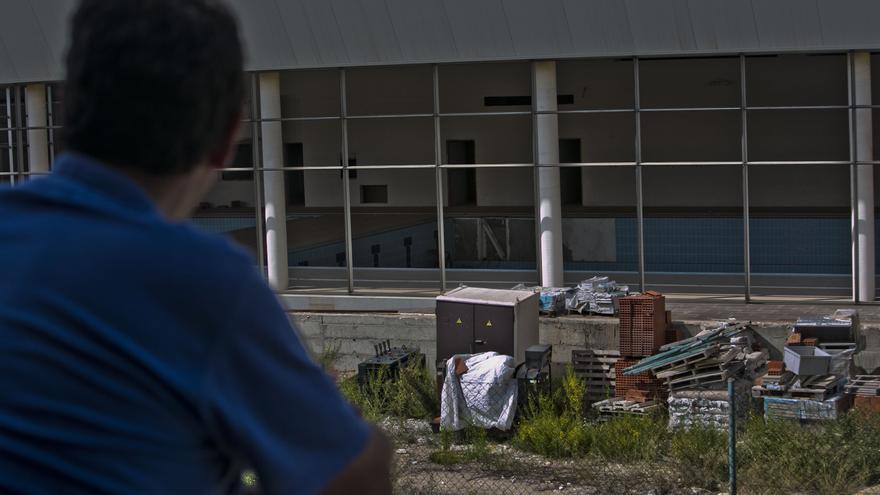 Santa Pola tendrá que pagar 2 millones a la constructora de la piscina cubierta
