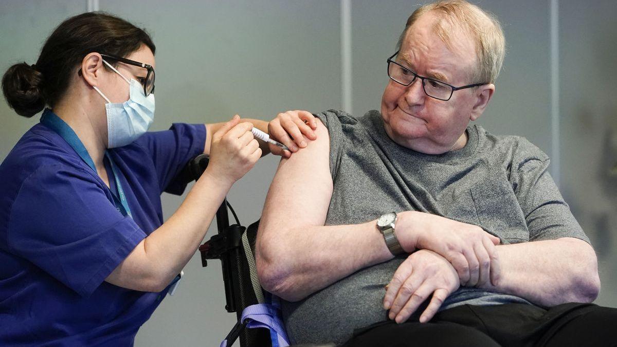 Así ha empezado la vacunación del covid en el resto de Europa