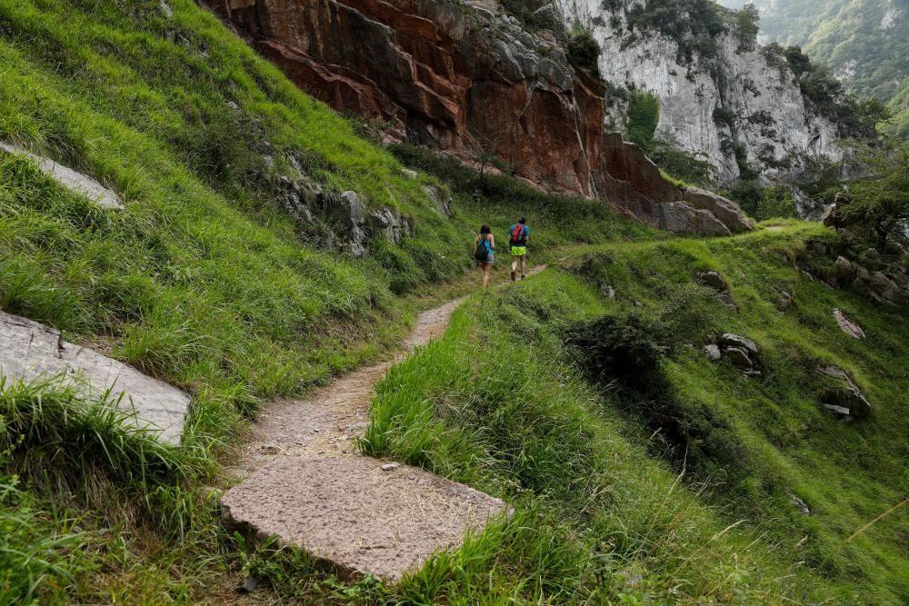 Rutas por Asturias: por les Xanes