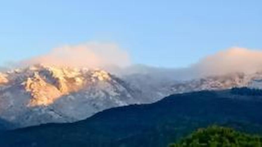 La neu emblanquina les Salines, a l'Alt Empordà
