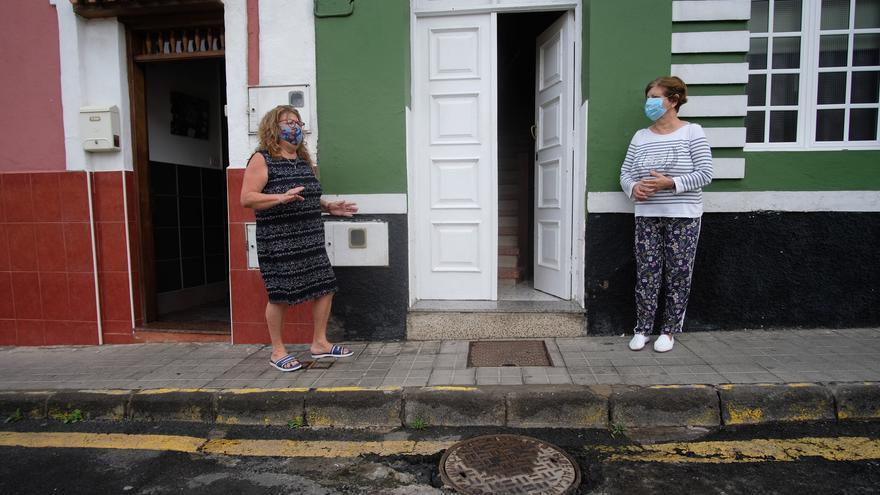 Vecinos de San Cristóbal llevan dos años cercados por los vertidos de una cloaca