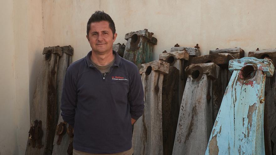 El último restaurador de molinos de Mallorca recibe un importante galardón sobre artes de construcción