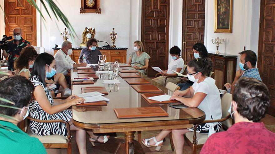 El Ayuntamiento de Zamora adjudica el contrato de jardines a la empresa que dice que no va a cumplirlo