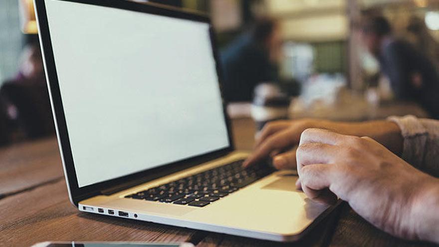 La Junta aporta otros cuatro millones de euros a las ayudas de Internet en el medio rural