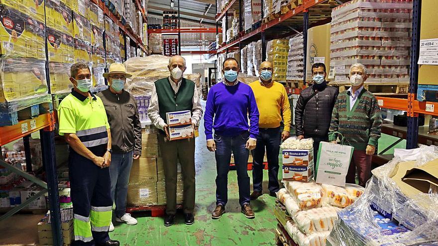 Moya duplica la entrega de alimentos en la presente campaña de Navidad