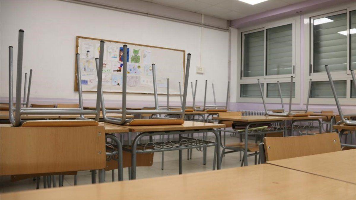 Sanidad cierra el IES de Llerena tras 34 casos entre alumnos y profesores