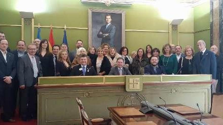 Canteli recibe a representantes del Club de Leones en España, que anuncian que harán actos en Asturias