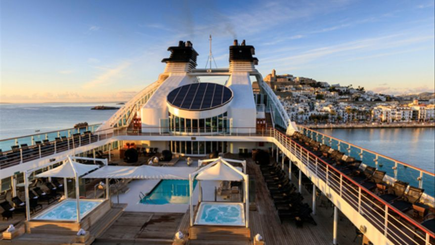 Se necesitan Auxiliares de Servicio para atender a los pasajeros de los cruceros que llegan a Ibiza