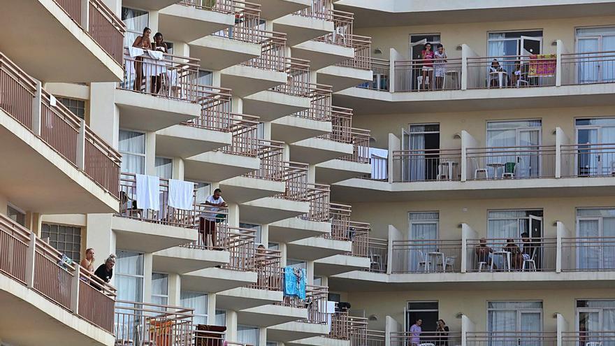 Los hoteleros miran con optimismo al Reino Unido y piden abrir Ibiza en mayo