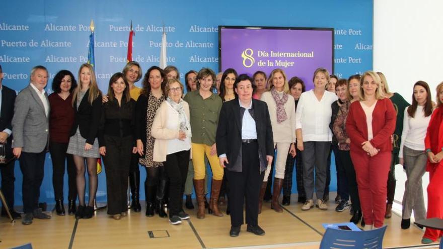 La Autoridad Portuaria conmemora el Día Internacional de la Mujer un Plan de Igualdad