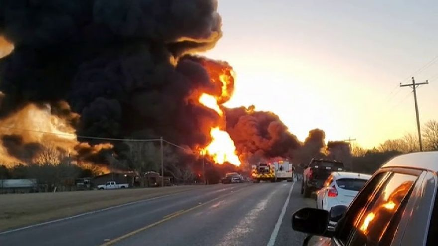Impresionante accidente ferroviario en el estado de Texas