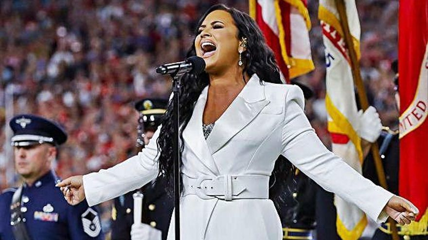 Lovato, la 'sucesora' de Whitney Houston