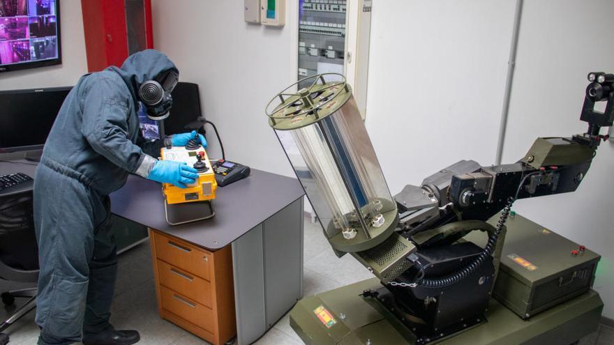 El Ejército prueba en València un sistema que elimina el coronavirus